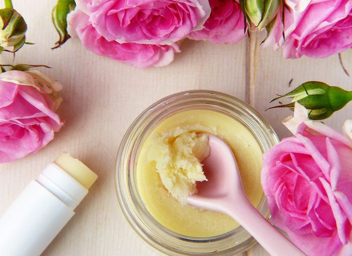 Jak wybierać kosmetyki dla dzieci? Jak czytać skład kosmetyków? Czego unikać w kosmetykach dla dzieci?