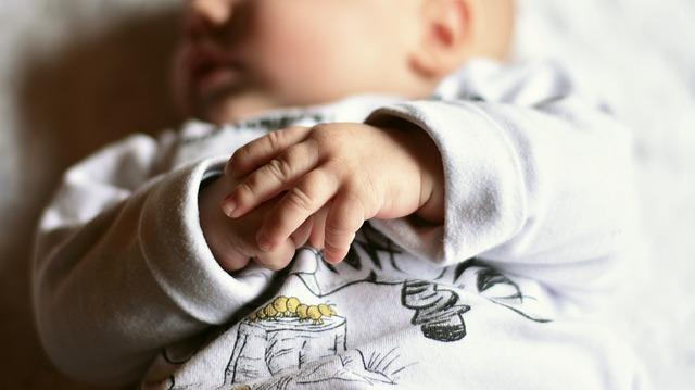 Przeziębienie u niemowlaka – jak leczyć?