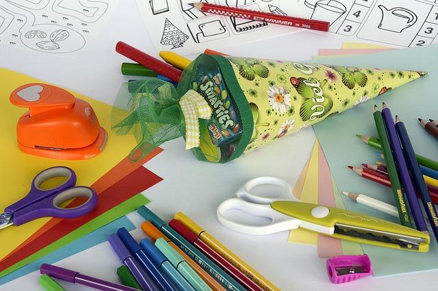 Pierwszy dzień w szkole – stres dla dziecka i rodzica. Jak przygotować pociechę do szkoły?