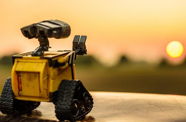 Postać z bajki Wall-E